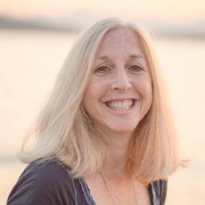Joanne Lewis